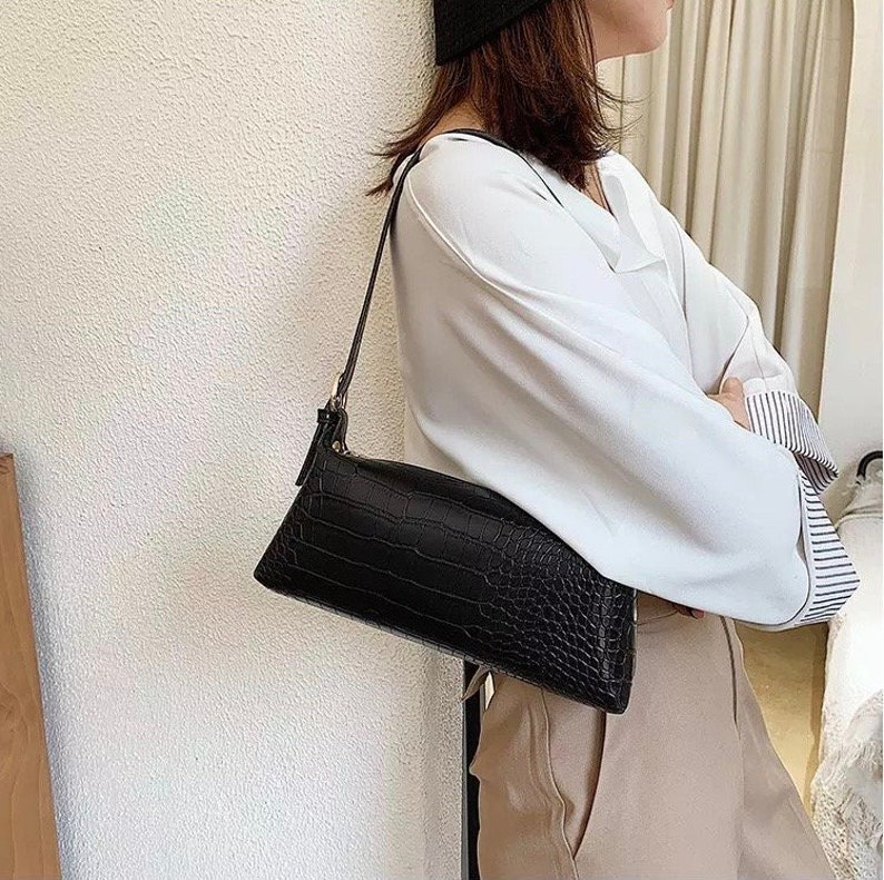 Stone Pattern Baguette Handbag/ Womens Croc Bags /Crossbody Bags/ Baguette Bag / Croc Messenger Bag /Womens Fall Bags/ Shoulder Croc Bags