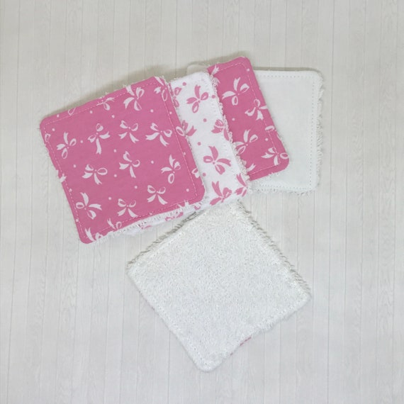 Pink Bow Print Reusable Make Up Wipes