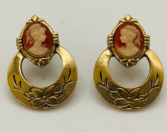 Vintage cameo earrings gold Van Dell pierced bridal earrings gold cameo IOB 14k GF boxed jewelry Gift for her