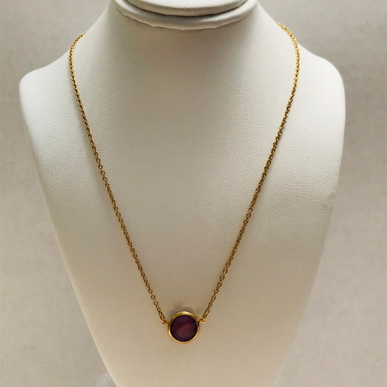 1979 AVON Burgundy Wine Necklace 14 chain vintage Round Faceted Amethyst purple stone with gold tone