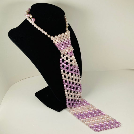 1960s Purple Violet and Light Pink Faux Pearl Neck