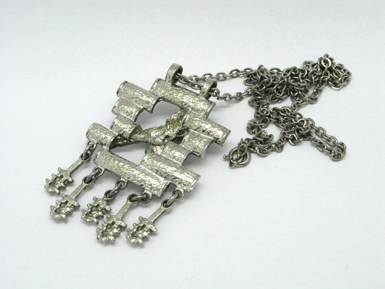 Kalervo Sainio Pendant for Toive Koru Modernist Brutalist Nordic Finnish Scandinavian Design Silver Plated Pewter 1970s Necklace