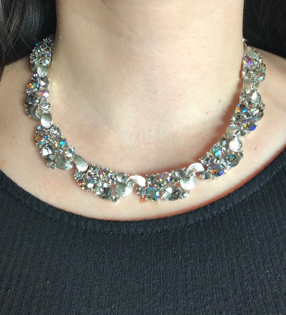 Dazzling Signed Lisner Vintage Necklace with 72 Pr