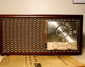 Zenith Model M730 Bluetooth compatible rewired vintage tube radio