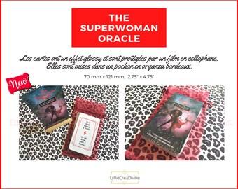 The Superwoman Oracle - Français/anglais - 44 cartes affirmations de soi et empowerment - Effet Brillant - Organza bordeaux - Auto-édité