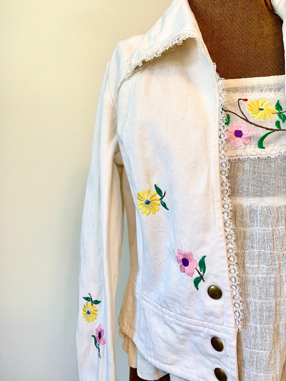 Vintage 70's Wenjilli Floral Embroidered Rainbow … - image 4