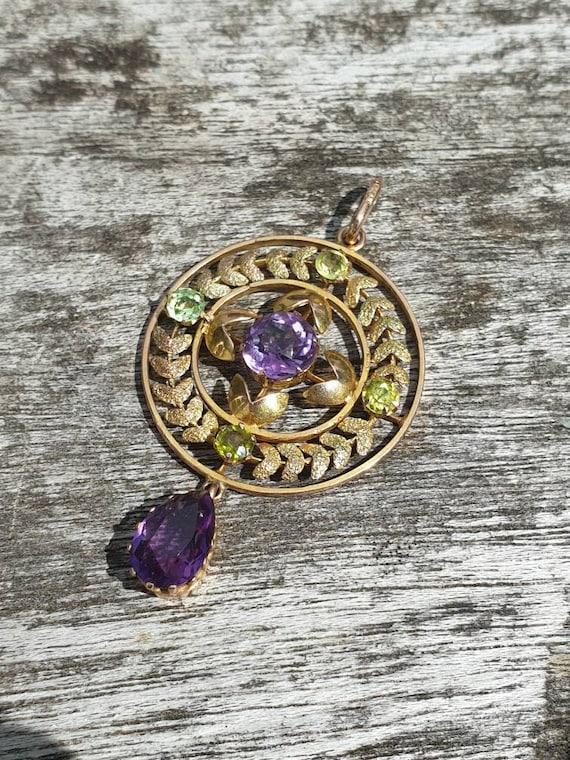 An amethyst pendant