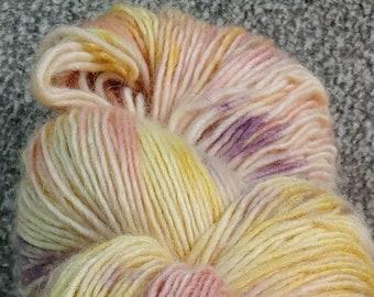 BIG SOFTIE    Luxury Yarn / Camel / X-fine Merino / Sock weight / Shawl / 525 Yards / OOAK