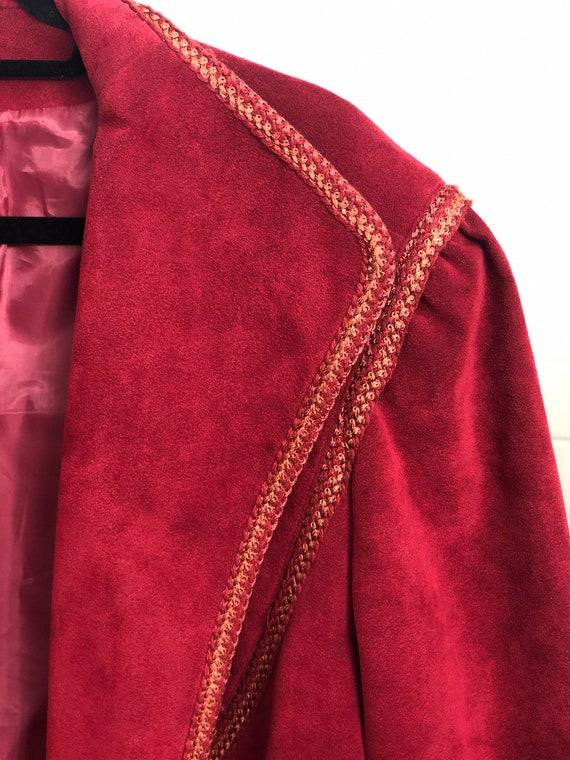 VINTAGE 1970s Suede Trench Coat — Vintage red sue… - image 9