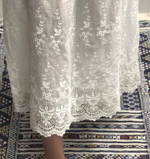 Antique Edwardian Embroidered Lawn Skirt — antiqu… - image 9