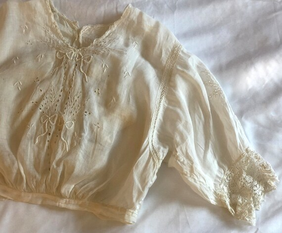 Rare Antique Edwardian Embroidered Blouse Ca. 190… - image 2