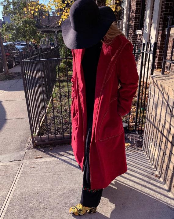 VINTAGE 1970s Suede Trench Coat — Vintage red sue… - image 5