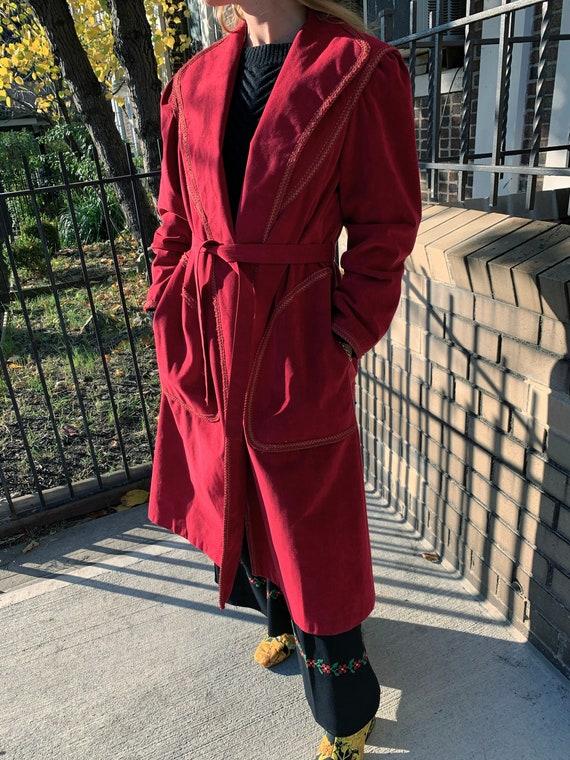 VINTAGE 1970s Suede Trench Coat — Vintage red sued