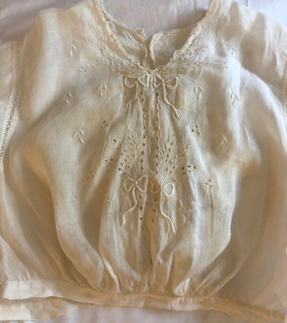 Rare Antique Edwardian Embroidered Blouse Ca. 190… - image 5
