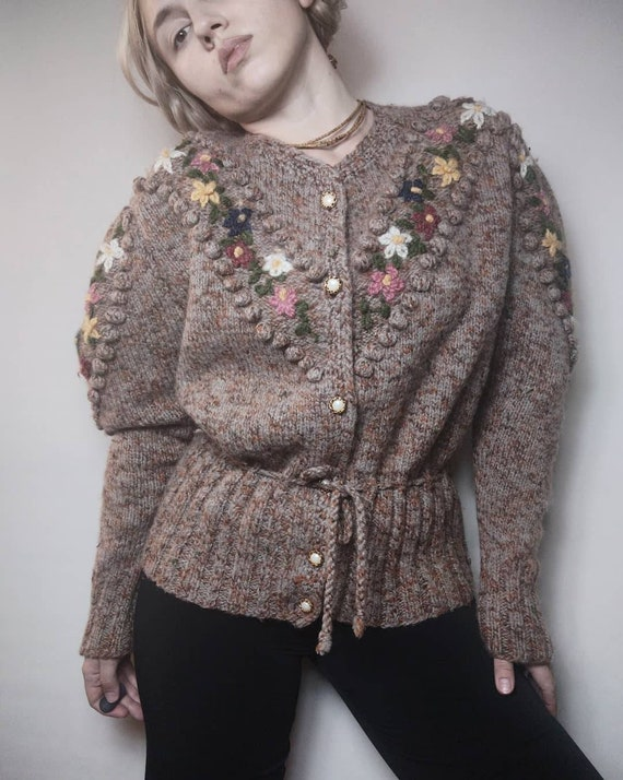 Reservet for Nicole!!!Vintage cardigan/Austrian ca