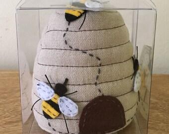 BEE PIN CUSHION Beehive shape Boxed Fantastic Design