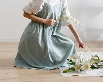 Light Green apron dress, linen & cotton full body apron for women, long apron, apron w/ roomy pockets, adult apron, gardening apron