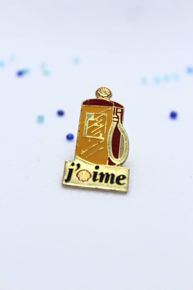 Pin/'s vintage