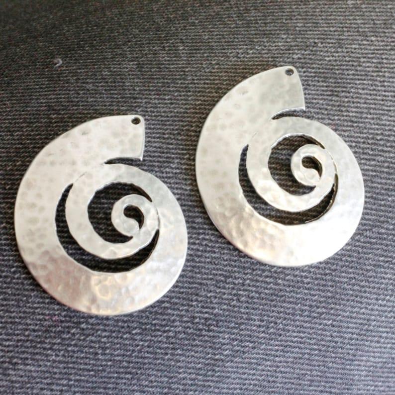Spiral Snail Pendant Snail Charms Antique Silver Large Shell Charm Pendants e287 Jewelry Making Supplies Earrings Pendants