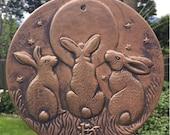 Moon Gazing Triple Hares Plaque Celtic Pagan Litha Garden Decor Summer Solstice