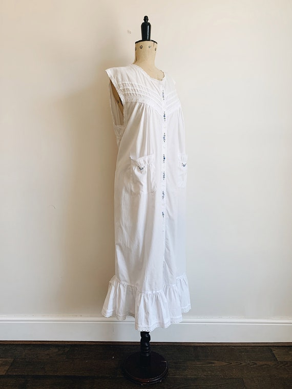 Cotton ruffle nightdress - image 2