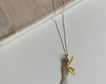 Azaggi Sterling Silver Handcrafted Little Feather Necklace 18