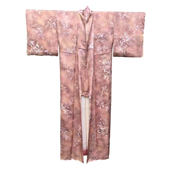 Japanese original Vintage light cotton kimono easily styled as a modern outfit a great alternative to a evening dress or loungewear