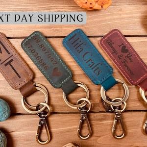 Personalized keychain. Dodge Magnum keychain keyring leather