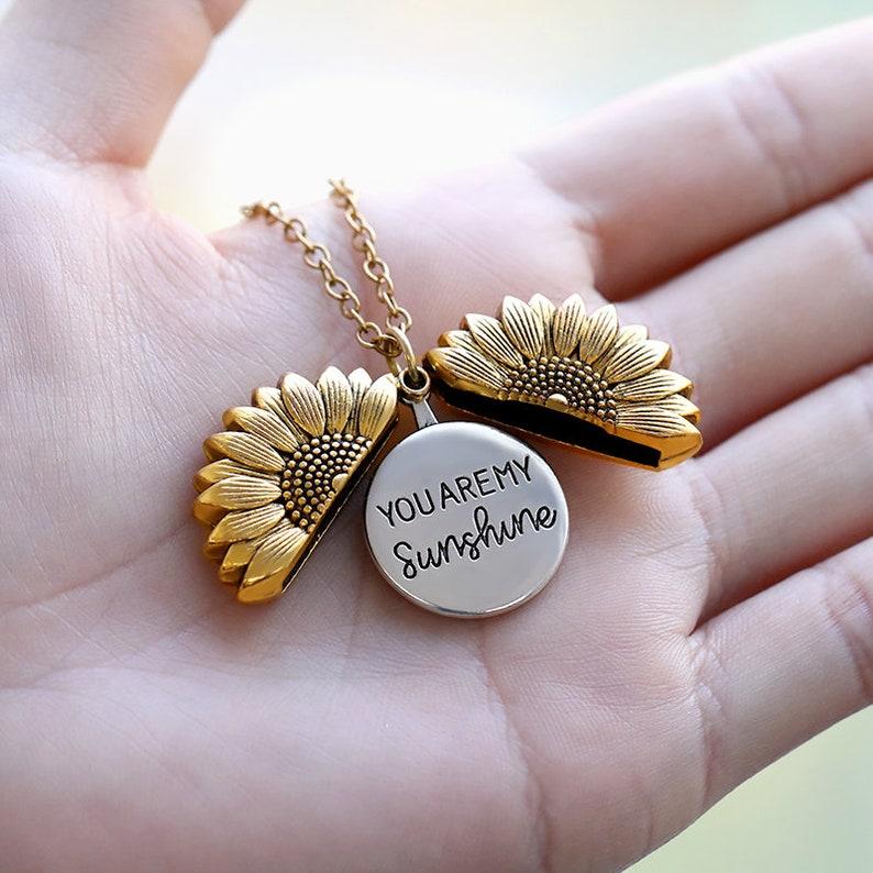 Sunflower Necklace \u2022 You are my sunshine  \u2022 Mother/'s Gift \u2022 Girlfriend/'s Gift \u2022 Personalize Necklace \u2022 Pendants