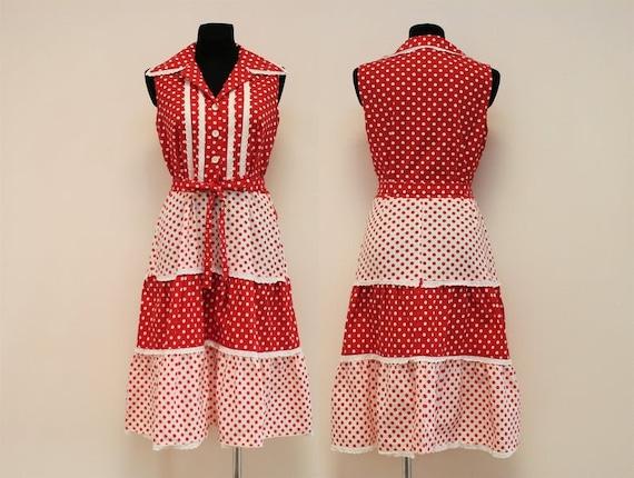 A stunning vintage 80s Danish house dress !