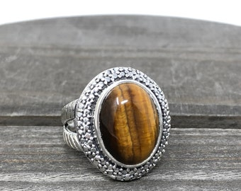 Large Tiger Eye Stone Set in Sterling Silver c130