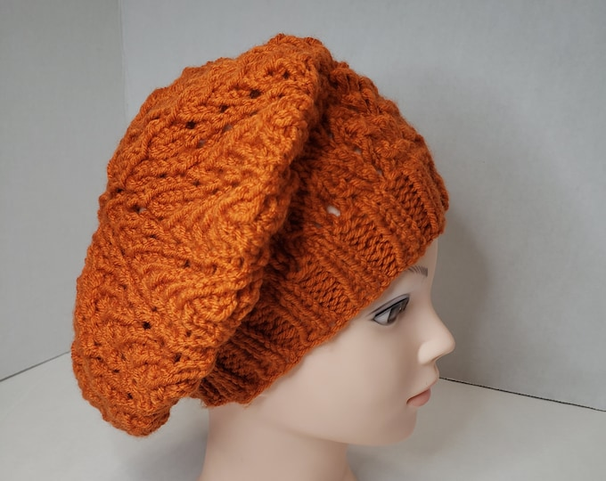 Featured listing image: Ladies hand knit beret