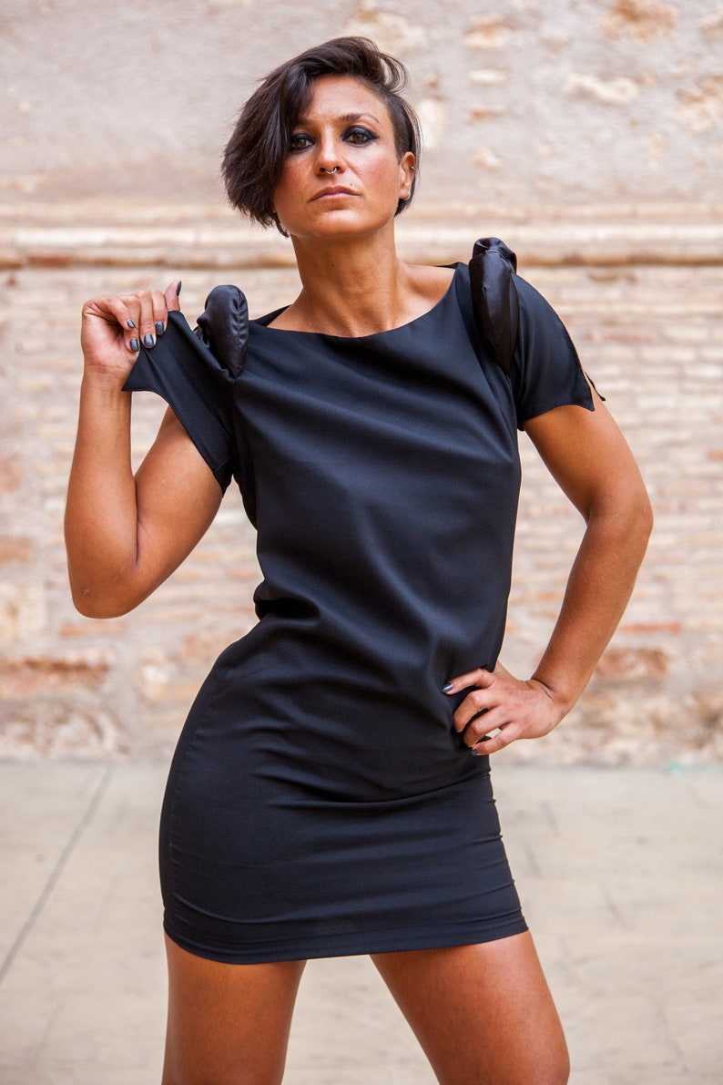 Women/'s dress