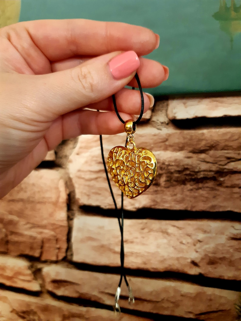 Heart jewelry Heart Pendant Necklace Accessories for Women and Girls Valentine/'s Day gift Big Heart Charm Necklace Gold Heart Necklace