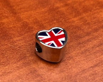 UK United Kingdom Union Jack Pandora Style heart bracelet charm