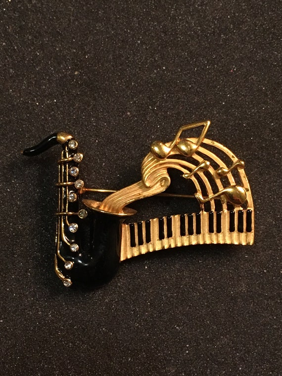 Saxophone Clothing Beautification Music Instrument Brooch Sax Jewelry Bling Bling