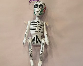 DAY of the DEAD, SKELETON Ornament, White, Paper Mache Skeleton, Mexican Skeleton, Day of the Dead Skeleton, Dia de los Muertos