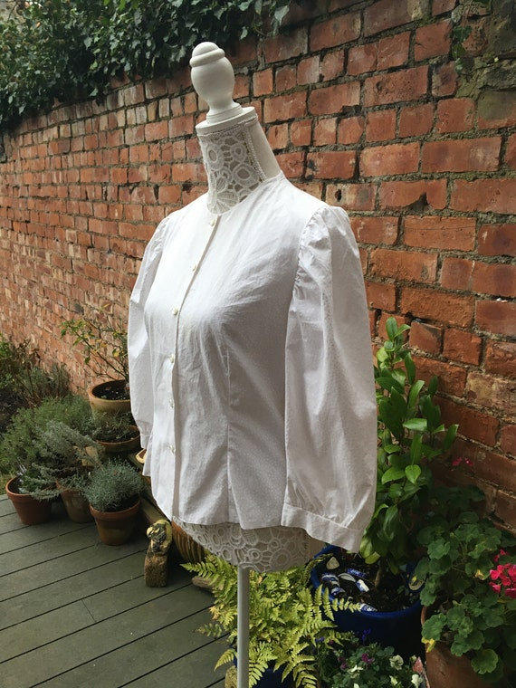 1980s white puff sleeve blouse - image 3