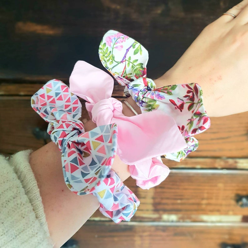 Scrunchie bunny ears Cute Scrunchie pack Floral Scrunchie Gift Set Pink Scrunchie Set of 3 Hair Bow Scrunchie Pretty Scrunchies Women