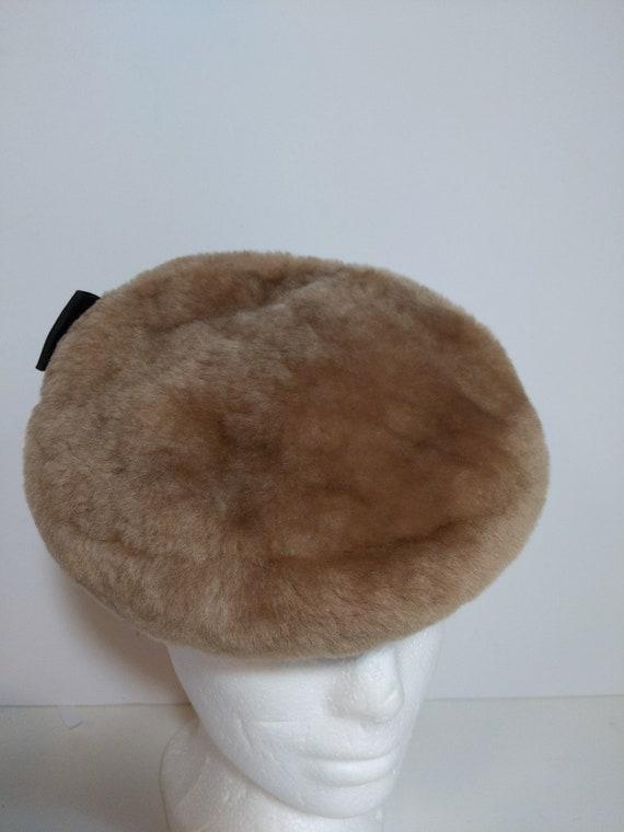 1930's-1940's Tilt Mouton Pillbox Hat