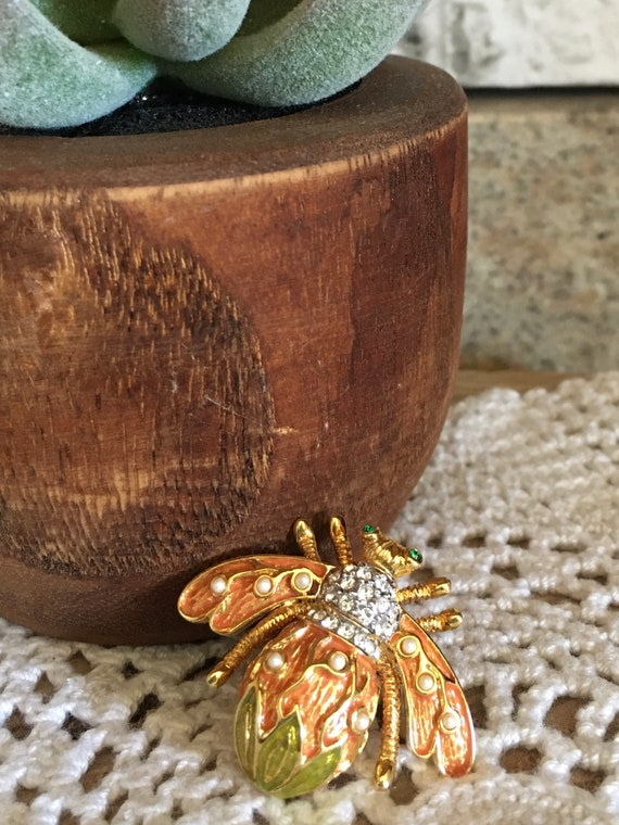 Joan Rivers Lily Of The Valley Bee Brooch