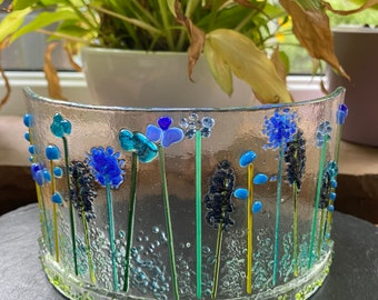 Blue flowers curve freestanding decoration in fused glass. Birthday anniversary celebration wedding housewarming new home retirement gift.