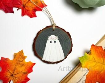 Flower Crown Ghost | Cute Halloween Decor, Ghost Ornament, Wood Slice Ornament, Halloween Ornament