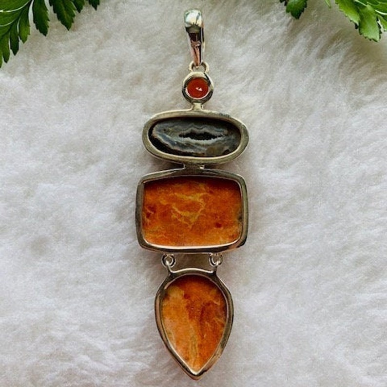 Sponge coral pendant,natural sponge coral,sponge coral silver pendant,925 sterling silver jewelry,gemstone pendant,gift for her,handmade