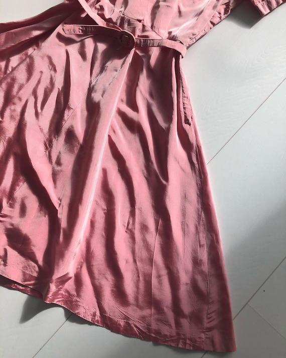 1940s pink taffeta dress with puff sleeves - image 2