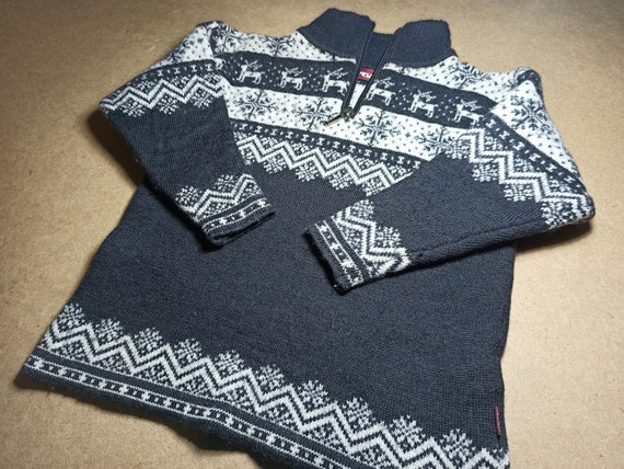 90s Vintage Christmas sweater for a boy 6-7 years