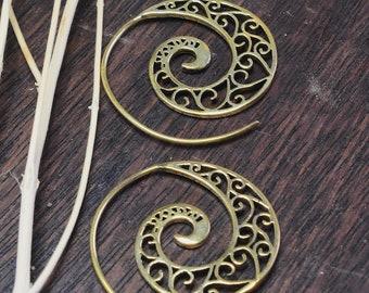 Spiral earrings HEART brass
