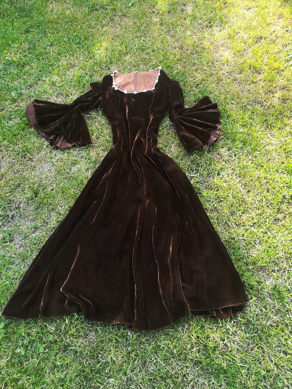1920s 1930s antique velvet gown dress. Long mediev