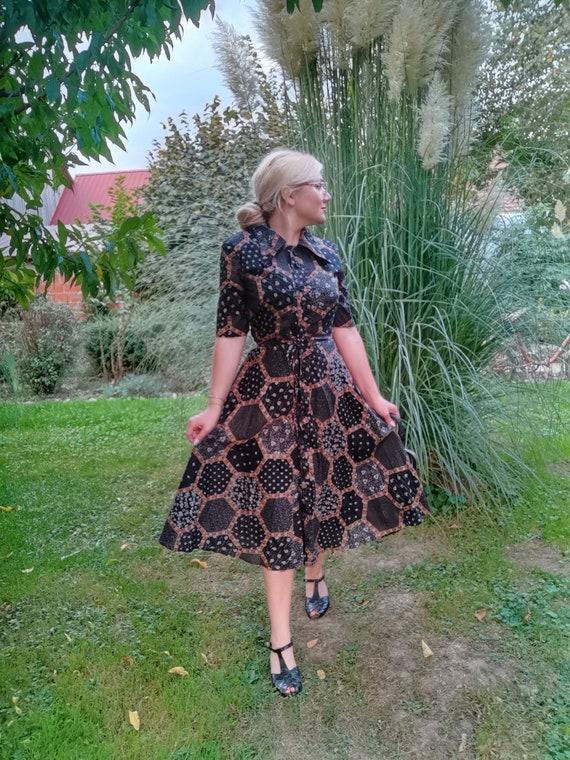 1940's Vintage dress / full circle pleated skirt /