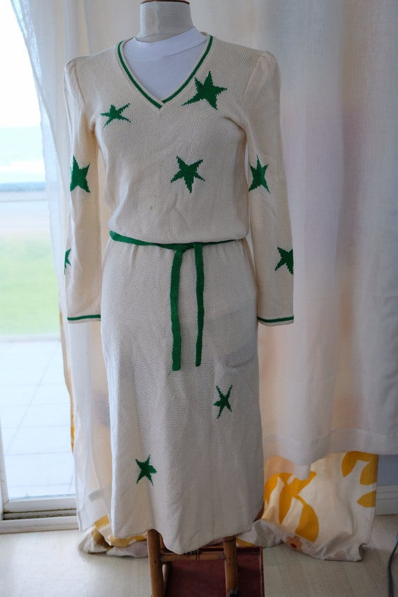Adolfo white knit dress with green stars - image 3